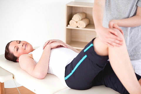 Reflex Zone Therapy to Treat Knee Joint Problems