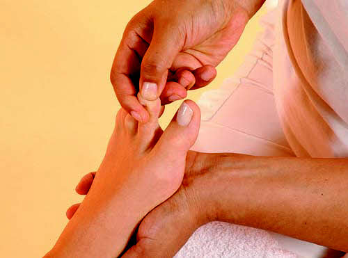 tips of big toe
