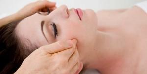 acupressure point on cheeks