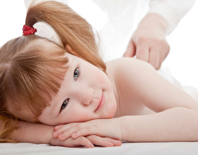 children-acupressure-theraphy